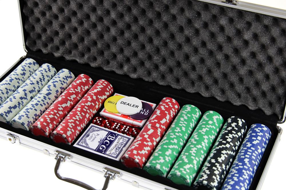 Gry karciane poker dla doroslych petit casino les sablettes